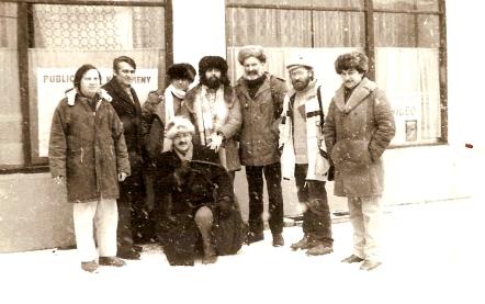 Ovidiu Muresan, Cornel Moraru, Al. Cistelecan,_Al.  Vlad,_Virgil Podoaba, Vasile Sav, Mihai Dragolea, Ion Muresan in fata la  Arizona